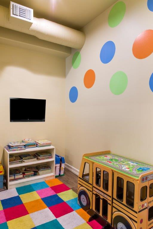 Play Area at Smiles LA